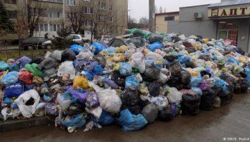 Прием отходов стрейч пленки и полиэтилена в СПб.